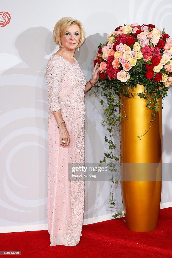 Liz Mohn attends the Rosenball 2016 on April 30 in Berlin, Germany.