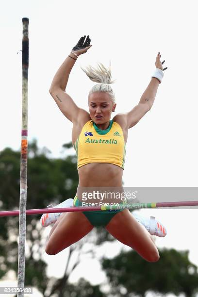 Liz Parnov of Australia competes in women pole vault during the 2017 Nitro Athletics Series at Lakeside Stadium on February 9 2017 in Melbourne...