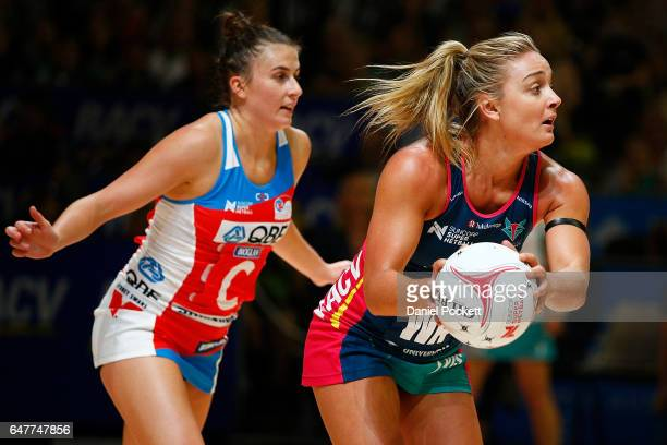 Liz Watson of the Vixens makes a pass during the round three Super Netball match between the Vixens and the Swifts at Hisense Arena on March 4 2017...