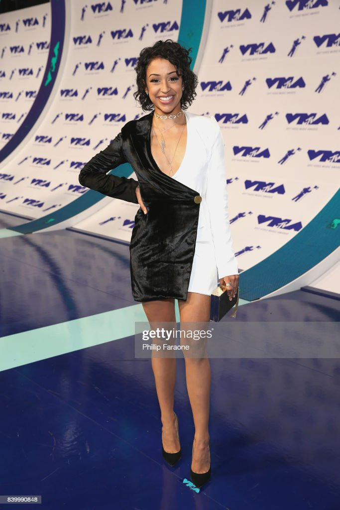 Liza Koshy attends the 2017 MTV Video Music Awards at The Forum on August 27, 2017 in Inglewood, California.