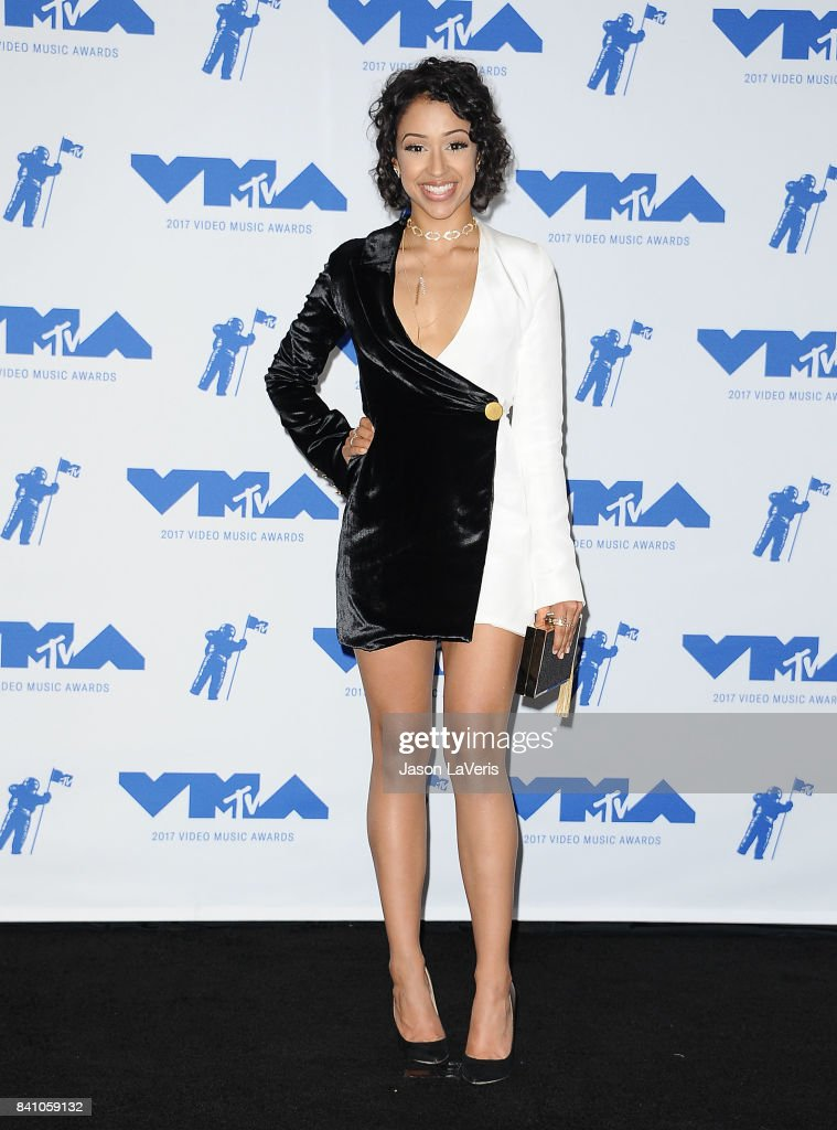 Liza Koshy poses in the press room at the 2017 MTV Video Music Awards at The Forum on August 27, 2017 in Inglewood, California.