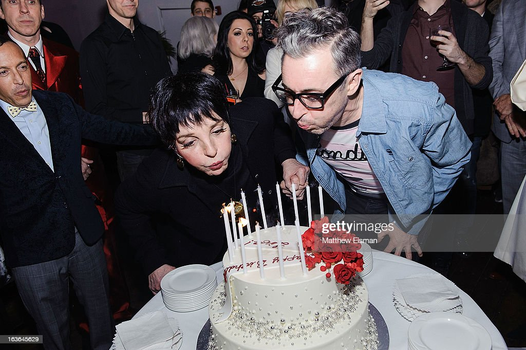 <a gi-track='captionPersonalityLinkClicked' href=/galleries/search?phrase=Liza+Minnelli&family=editorial&specificpeople=121547 ng-click='$event.stopPropagation()'>Liza Minnelli</a> (L) and <a gi-track='captionPersonalityLinkClicked' href=/galleries/search?phrase=Alan+Cumming&family=editorial&specificpeople=202521 ng-click='$event.stopPropagation()'>Alan Cumming</a> attend <a gi-track='captionPersonalityLinkClicked' href=/galleries/search?phrase=Liza+Minnelli&family=editorial&specificpeople=121547 ng-click='$event.stopPropagation()'>Liza Minnelli</a>'s birthday party at the Copacabana on March 13, 2013 in New York City.