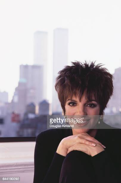 Liza Minnelli and New York Skyline