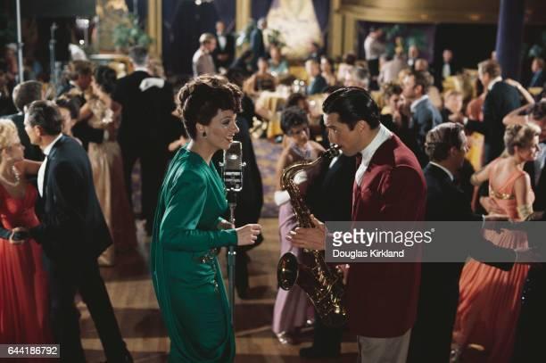 Liza Minnelli and Robert De Niro in New York New York