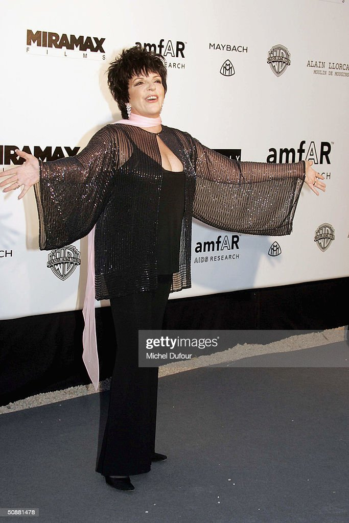 Liza Minnelli arrives at 'Cinema Against AIDS 2004', the 11th annual event in aid of amfAR (American Foundation for AIDS Research) at Le Moulin de Mougins at the 57th Cannes Film Festival on May 20, 2004 in Cannes, France.