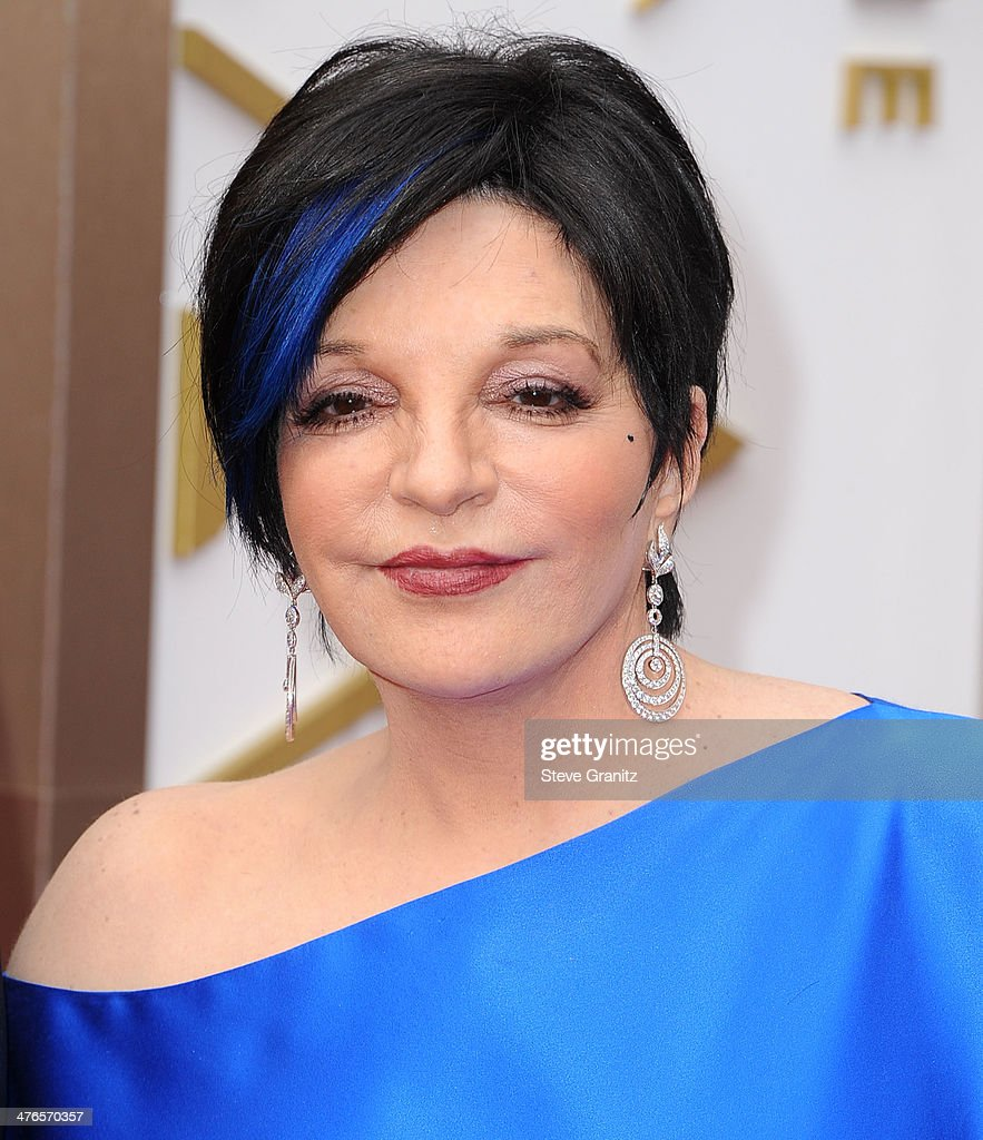 Liza Minnelli arrives at the 86th Annual Academy Awards at Hollywood & Highland Center on March 2, 2014 in Hollywood, California.