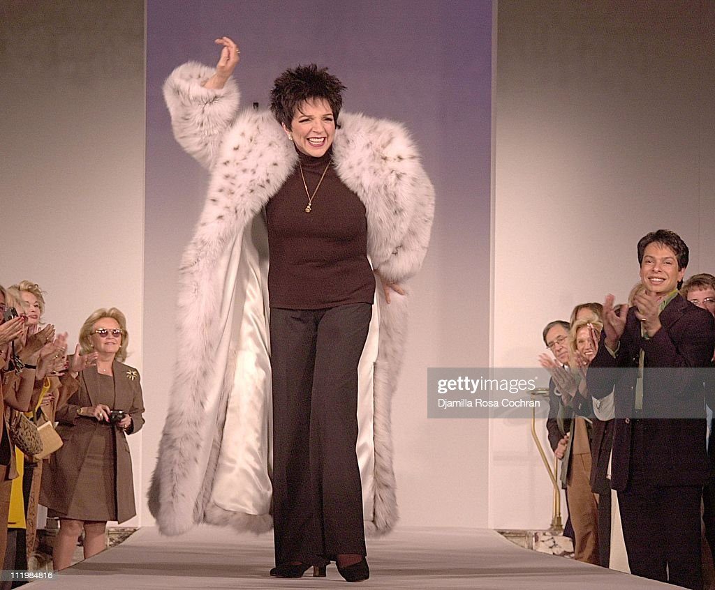 Dennis Basso Dennis Basso Fashion Show Photos And Images Getty Images