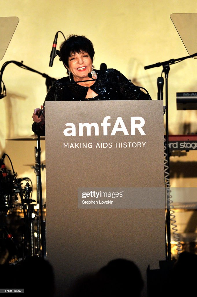 <a gi-track='captionPersonalityLinkClicked' href=/galleries/search?phrase=Liza+Minnelli&family=editorial&specificpeople=121547 ng-click='$event.stopPropagation()'>Liza Minnelli</a> speaks on stage during the 4th Annual amfAR Inspiration Gala New York at The Plaza Hotel on June 13, 2013 in New York City.
