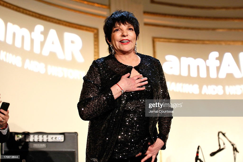 <a gi-track='captionPersonalityLinkClicked' href=/galleries/search?phrase=Liza+Minnelli&family=editorial&specificpeople=121547 ng-click='$event.stopPropagation()'>Liza Minnelli</a> speaks onstage during the 4th Annual amfAR Inspiration Gala New York at The Plaza Hotel on June 13, 2013 in New York City.