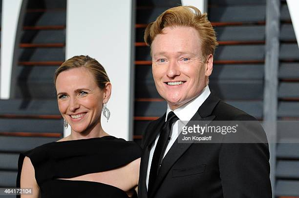 Liza Powel O'Brien and TV host Conan O'Brien attends the 2015 Vanity Fair Oscar Party hosted by Graydon Carter at Wallis Annenberg Center for the...
