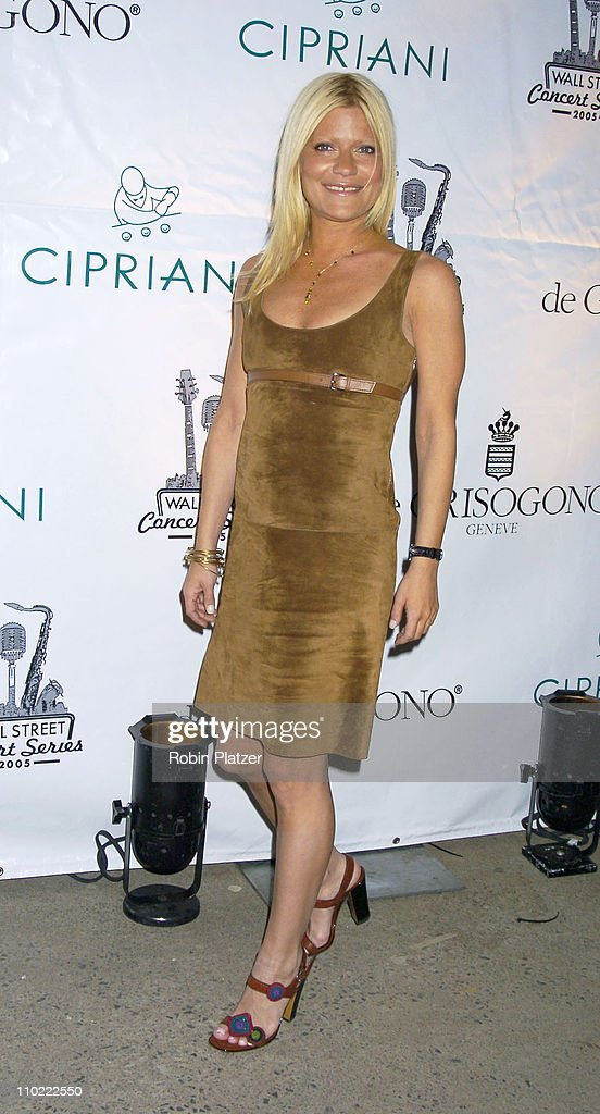 Lizzie Grubman during The 2005 Wall Street Concert Series Benefiting Wall Street Rising Starring Rod Stewart at Ciprianis Wall Street in New York...