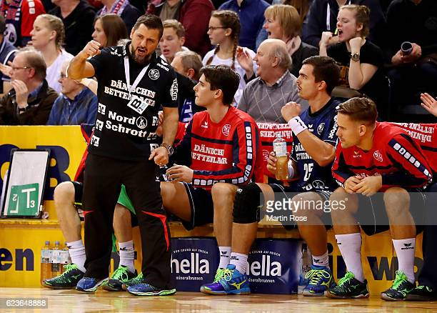 Ljubomir Vranjes head coach of Flensburg celebrates during the DKB HBL Bundesliga match between SG FlensburgHandewitt and HBW BalingenWeilstetten at...