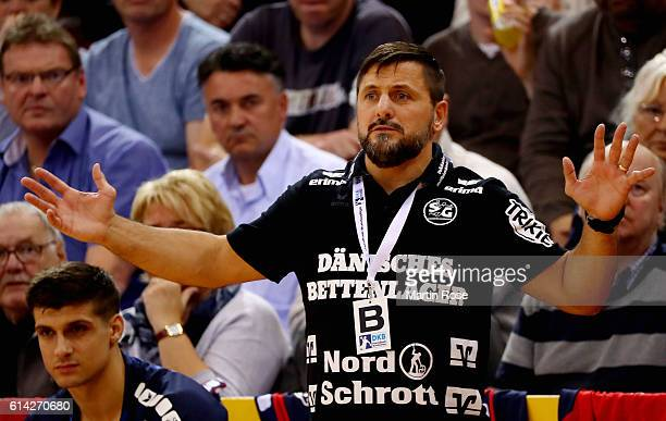 Ljubomir Vranjes head coach of Flensburg reacts during the DKB HBL Bundesliga match between SG FlensburgHandewitt and VfL Gummersbach at FlensArena...