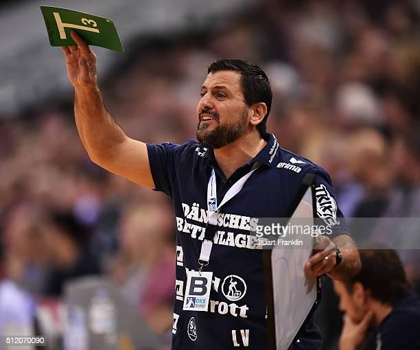 Ljubomir Vranjes head coach of Flensburg reacts during the DKB Bundesliga handball match between SG Flensburg Handewitt and SC DHFK Leipzig at...