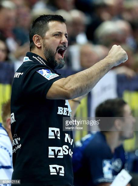 Ljubomir Vranjes head coach of FlensburgHandewitt reacts during the DKB HBL Bundesliga match between THW KIEl and SG FlensburgHandewitt at Sparkassen...