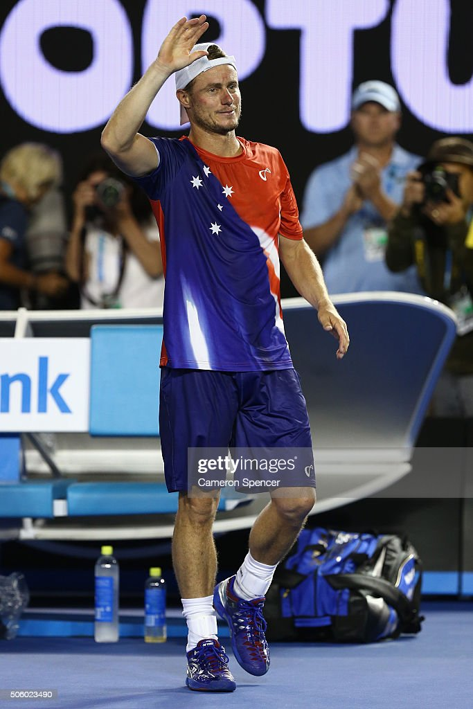 <a gi-track='captionPersonalityLinkClicked' href=/galleries/search?phrase=Lleyton+Hewitt&family=editorial&specificpeople=167178 ng-click='$event.stopPropagation()'>Lleyton Hewitt</a> of Australia thanks the crowd after playing his second round match against David Ferrer of Spain during day four of the 2016 Australian Open at Melbourne Park on January 21, 2016 in Melbourne, Australia.
