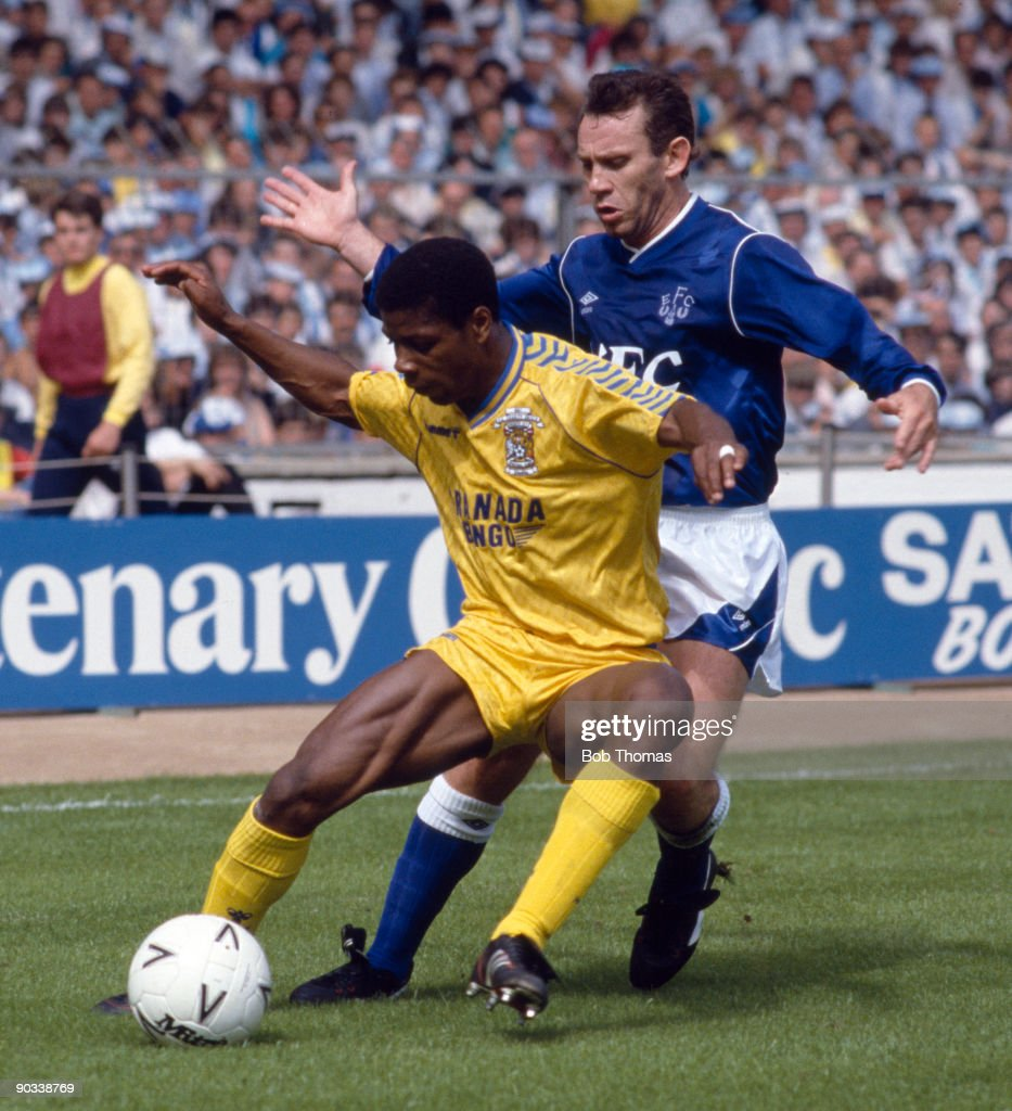 Lloyd McGrath of Coventry City with Peter Reid of Everton during the Coventry City v Everton FA Charity Shield match played at Wembley on the 1st...