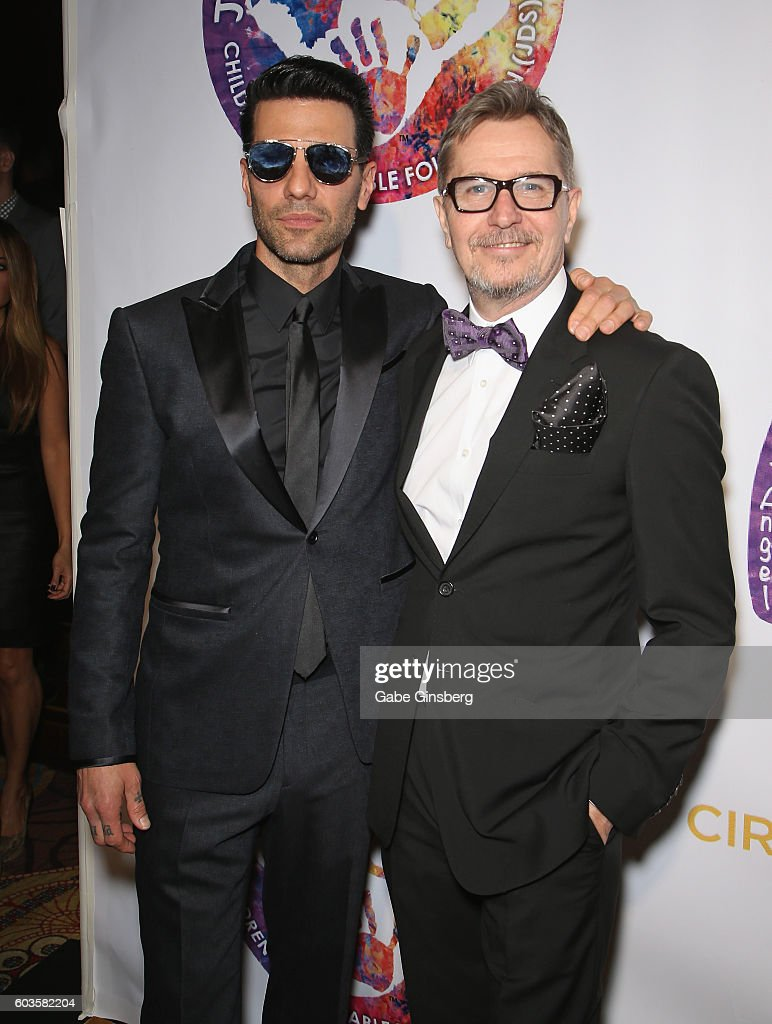 llusionist Criss Angel (L) and actor Gary Oldman attend Criss Angel's HELP (Heal Every Life Possible) charity event at the Luxor Hotel and Casino benefiting pediatric cancer research and treatment on September 12, 2016 in Las Vegas, Nevada.