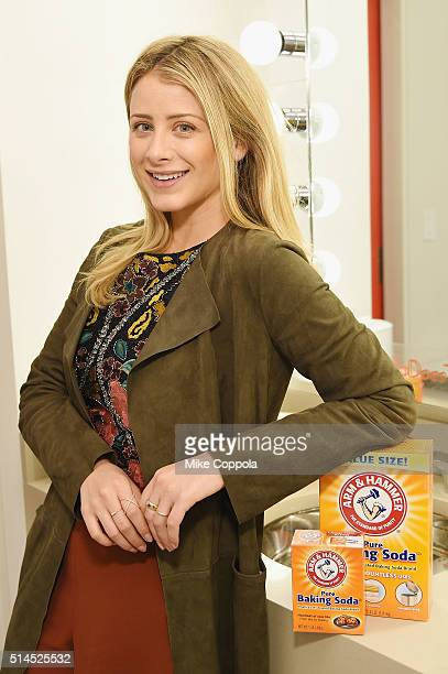 Lo Bosworth partners with ARM HAMMER Baking Soda to highlight #BakingSodaDoesThat uses and trends for beauty on March 9 2016 in New York City
