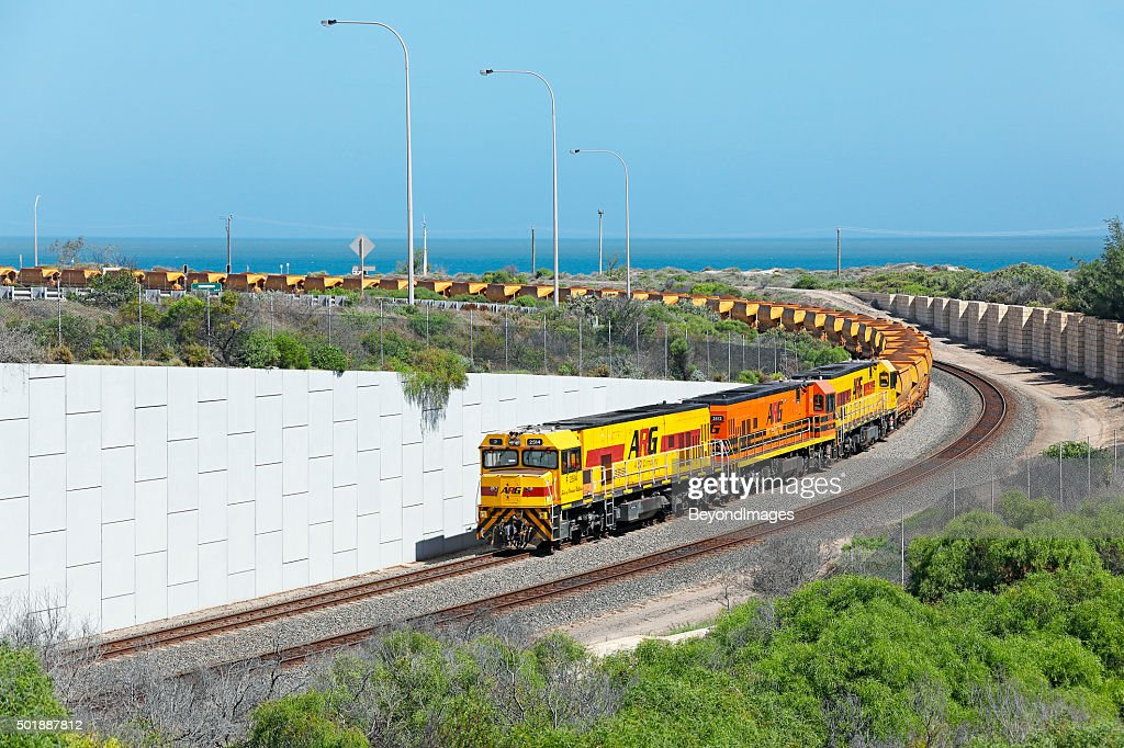 Loaded Mount Gibson iron ore train arrives at Geraldton Port : Stock Photo