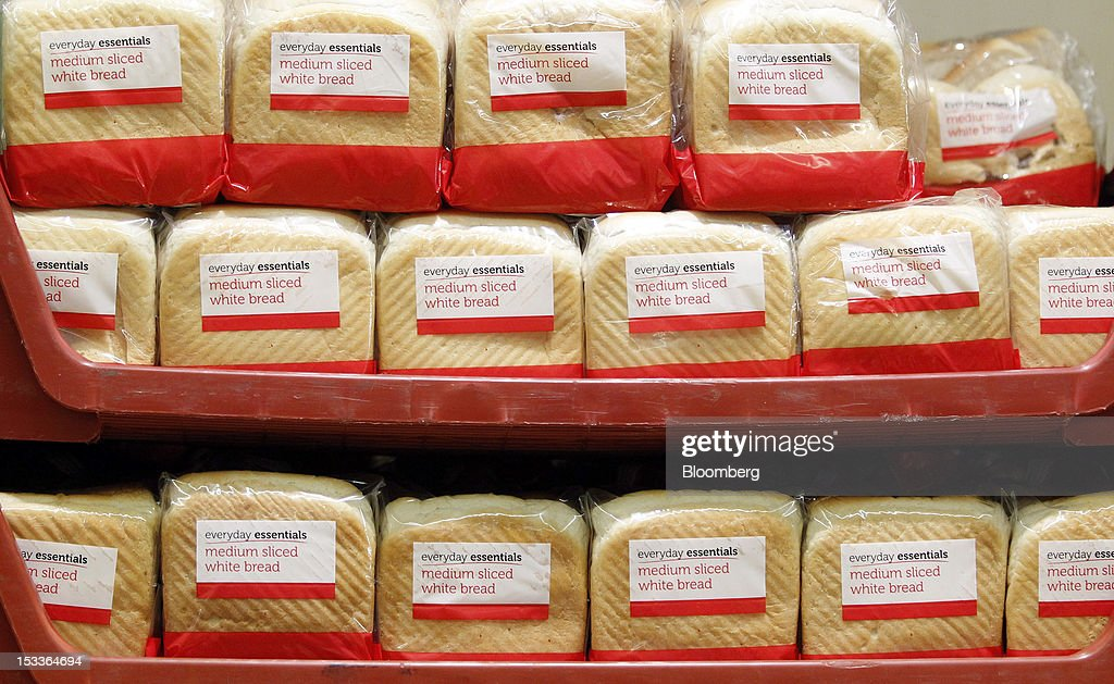 Loaves of Everyday Essentials branded sliced bread sit on display at a supermarket operated by Aldi Group, Germany's biggest discount-food retailer, in Manchester, U.K., on Thursday, Oct. 4, 2012. U.K. shop-price inflation slowed in September as retailers offered discounts to attract cash-strapped consumers, the British Retail Consortium said. Photographer: Paul Thomas/Bloomberg via Getty Images