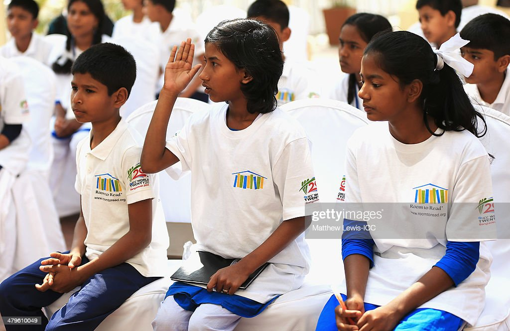 Local school children ask Shane Watson questions during an ICC CSR event at the Ruposhi Bangla Hotel on March 20, 2014 in Dhaka, Bangladesh.
