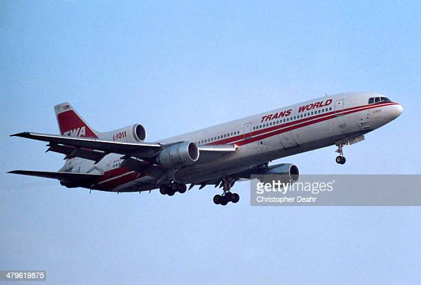 Lockheed L1011 Landing at LAX in October 1991