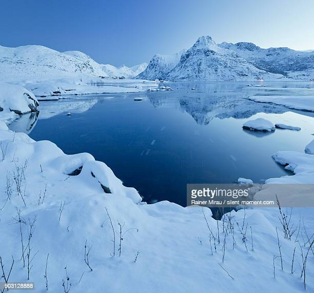 lofoten foto e immagini stock getty images. Black Bedroom Furniture Sets. Home Design Ideas
