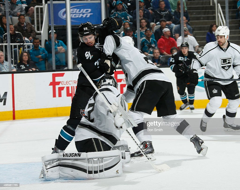 Logan Couture #39 of the San Jose Sharks looks for a rebound against Jonathan Quick #32 of the Los Angeles Kings in Game Five of the First Round of the 2014 Stanley Cup Playoffs at SAP Center on April 26, 2014 in San Jose, California.