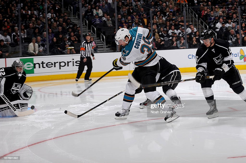 <a gi-track='captionPersonalityLinkClicked' href=/galleries/search?phrase=Logan+Couture&family=editorial&specificpeople=809700 ng-click='$event.stopPropagation()'>Logan Couture</a> #39 of the San Jose Sharks takes the shot against <a gi-track='captionPersonalityLinkClicked' href=/galleries/search?phrase=Jonathan+Quick&family=editorial&specificpeople=2271852 ng-click='$event.stopPropagation()'>Jonathan Quick</a> #32 of the Los Angeles Kings at Staples Center on April 27, 2013 in Los Angeles, California.