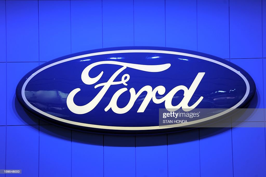 Logo for Ford at the 2013 North American International Auto Show in Detroit, Michigan, January 15, 2013. AFP PHOTO/Stan HONDA