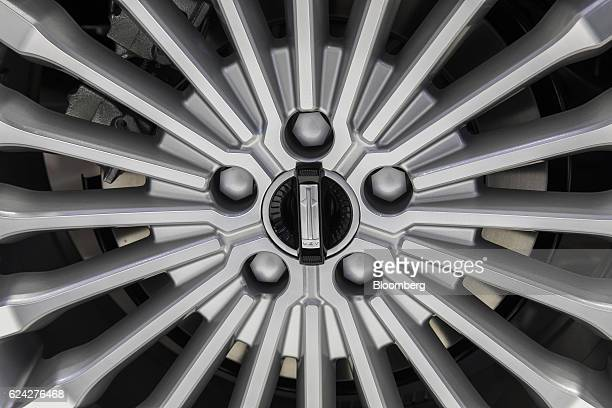 Suv logos stock photos and pictures getty images for Great wall motors stock