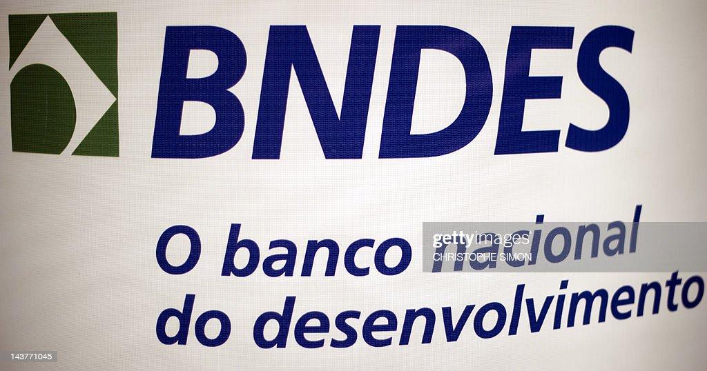 Logo of the Brazilian Development Bank (BNDES), in Rio de Janeiro on May 03, 2012. AFP PHOTO / Christophe SIMON