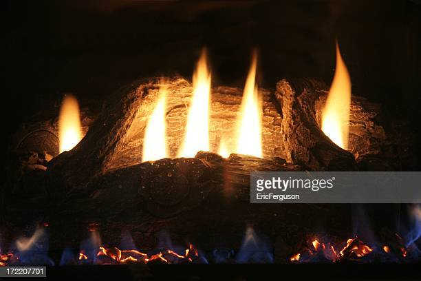Bûches et feu