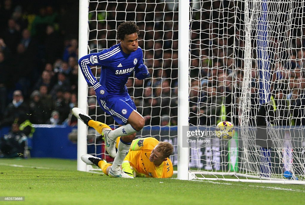Loic Remy of Chelsea turns to celebrate after scoring the opening goal past <a gi-track='captionPersonalityLinkClicked' href=/galleries/search?phrase=Joe+Hart&family=editorial&specificpeople=1295472 ng-click='$event.stopPropagation()'>Joe Hart</a> of Manchester City during the Barclays Premier League match between Chelsea and Manchester City at Stamford Bridge on January 31, 2015 in London, England.