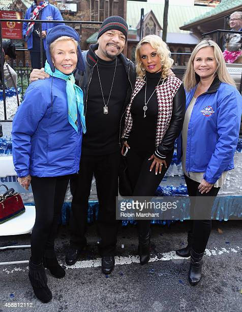 Lois Pope IceT Coco Austin and Dr Robin Ganzert attend America Salutes FourLegged Military Heroes During 2014 Veterans Day Parade on November 11 2014...
