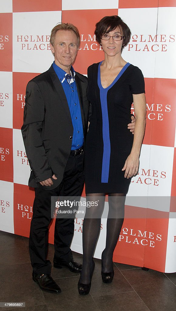 Lola Gonzalez and Bob Niko attend 'iDance' opening photocall at Holmes Palace on March 21, 2014 in Madrid, Spain.
