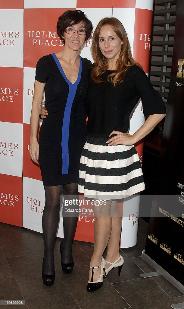 Lola Gonzalez (L) and Mar Regueras attend 'iDance' opening photocall at Holmes Palace on March 21, 2014 in Madrid, Spain.