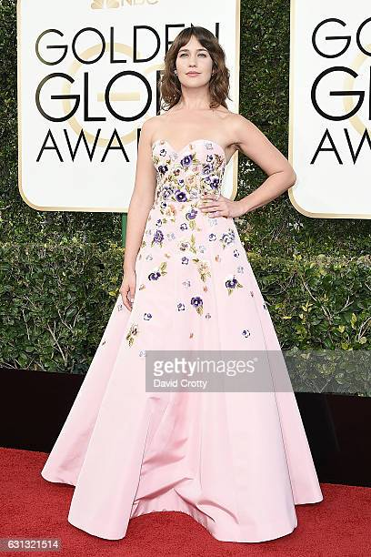 Lola Kirke attends the 74th Annual Golden Globe Awards Arrivals at The Beverly Hilton Hotel on January 8 2017 in Beverly Hills California