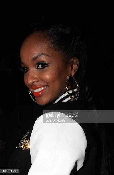 http://media.gettyimages.com/photos/lola-monroe-attends-wiz-khalifas-onifc-listening-party-at-the-west-picture-id157000718?s=612x612
