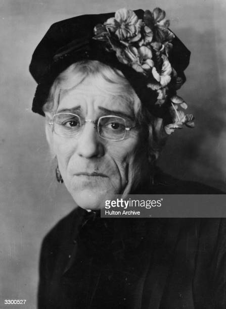 Lon Chaney known as the 'man of a thousand faces' as he appears as Mrs O'Grady in his first talking picture 'The Unholy Three' directed by Tod...