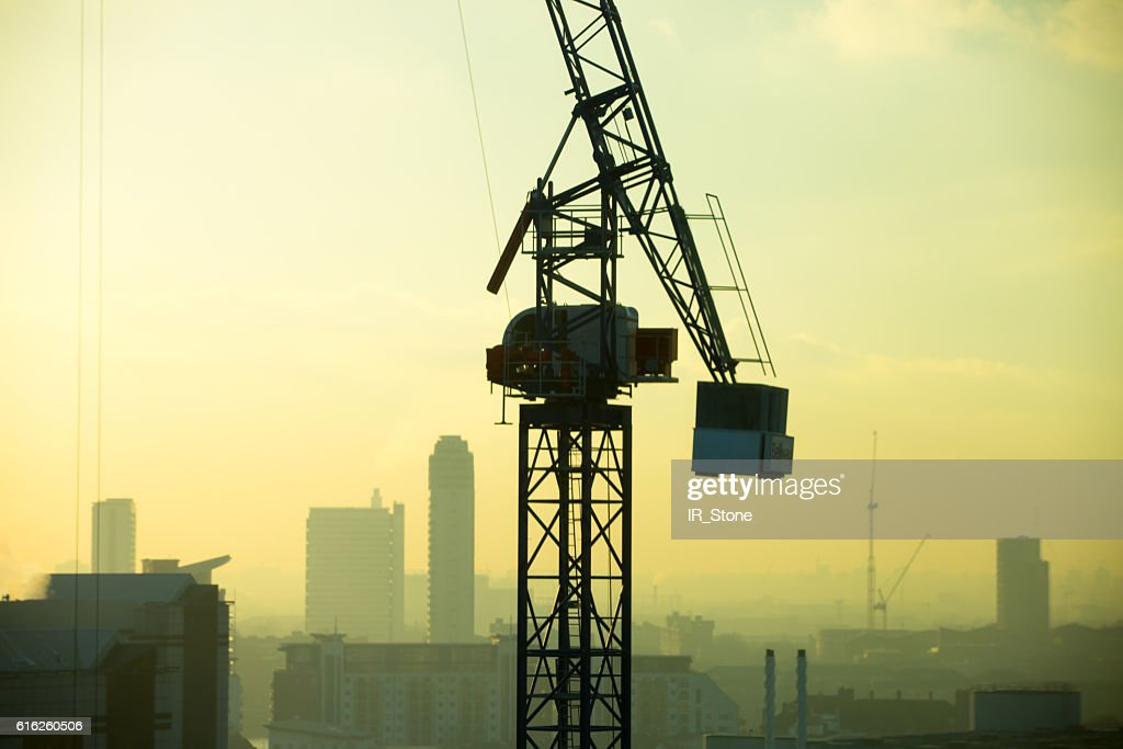 London at sunset,  view with cranes : Foto de stock