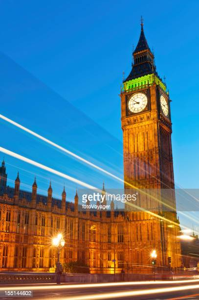 London Big Ben Westminster Palace traffic zoom night UK