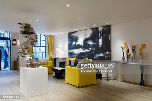 Tony cragg stock photos and pictures getty images for Cool boutique hotels london