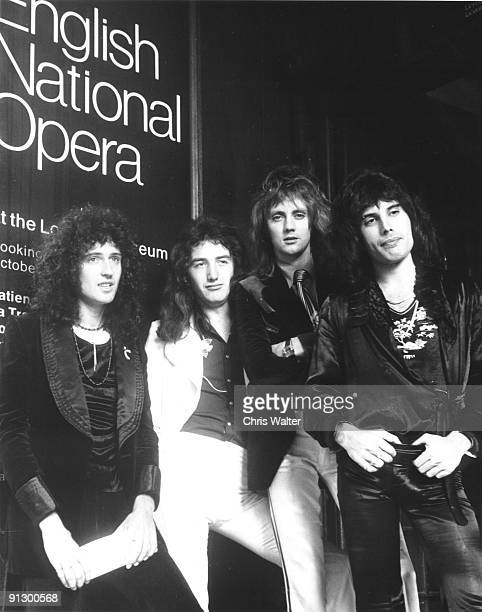 QUEEN 8/75 London Brian May John Deacon Roger Taylor Freddie Mercury © Chris Walter