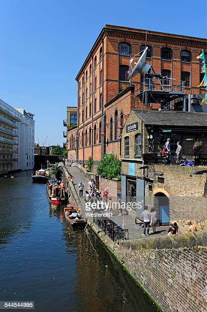 UK, London, Camden Town, Camden Market, Regents Canal at Camden Lock