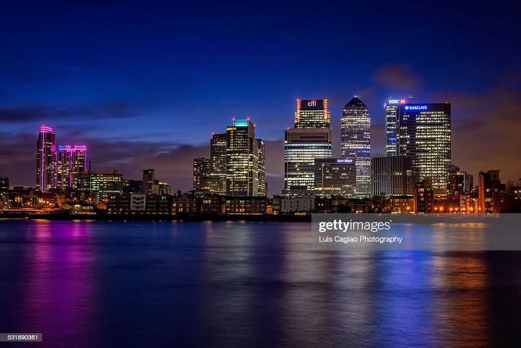 London Canary Wharf skyscrapers