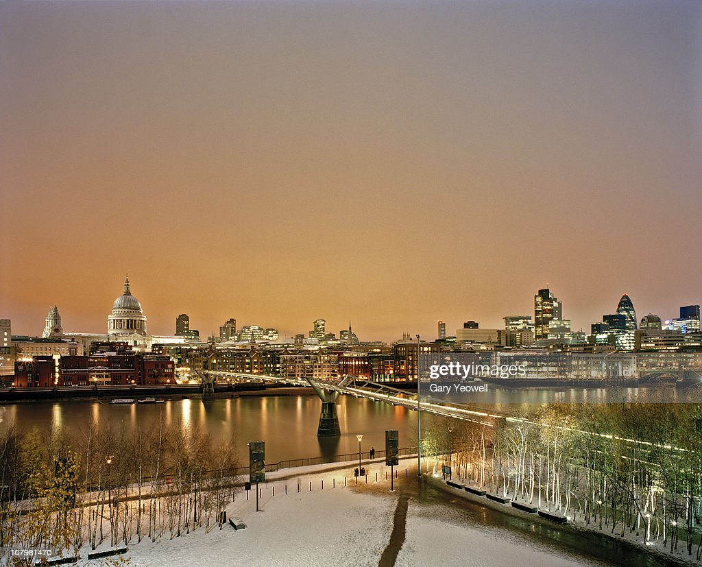 london city skyline with snow at dusk stock photo getty. Black Bedroom Furniture Sets. Home Design Ideas
