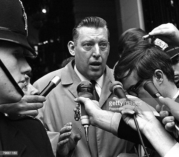 London England 12th October 1970 Reverend Ian Paisley the Northern Ireland Protestant leader holds a kerbside press conference