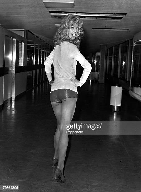 London England 19th January 1972 British model Vikki Hodge is pictured leaving London airport for Paris